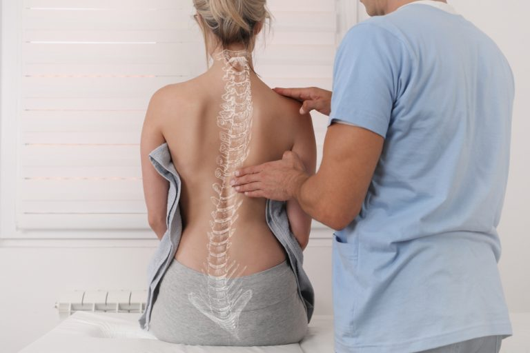 Scoliosis,Spine,Curve,Anatomy,,Posture,Correction.,Chiropractic,Treatment,,Back,Pain